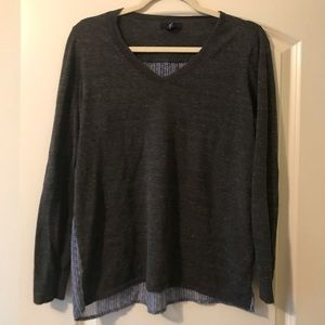 Gap v neck charcoal heather gray sweater